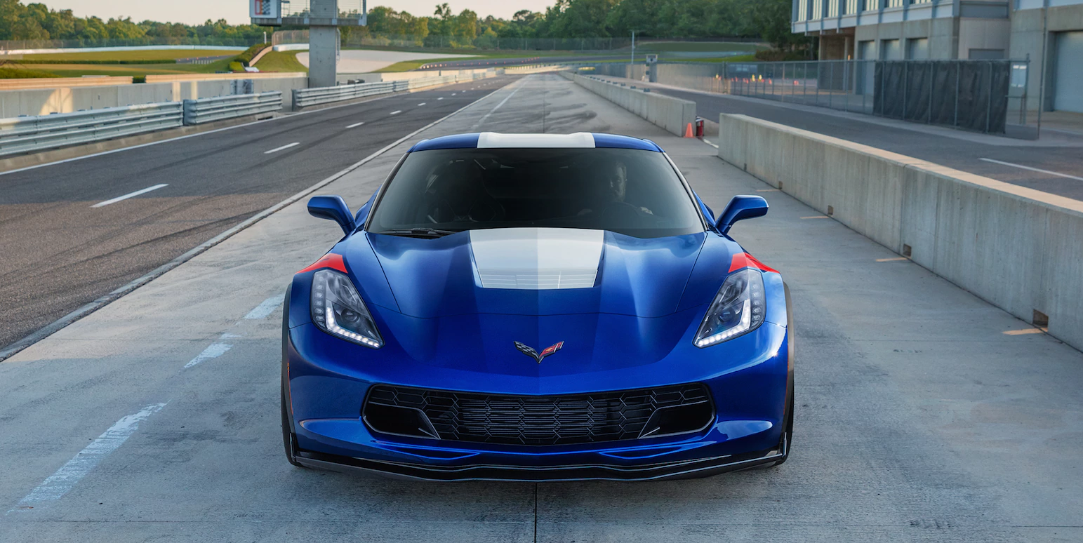 2019-corvette-gs-ext-02-jpg-1613×807-
