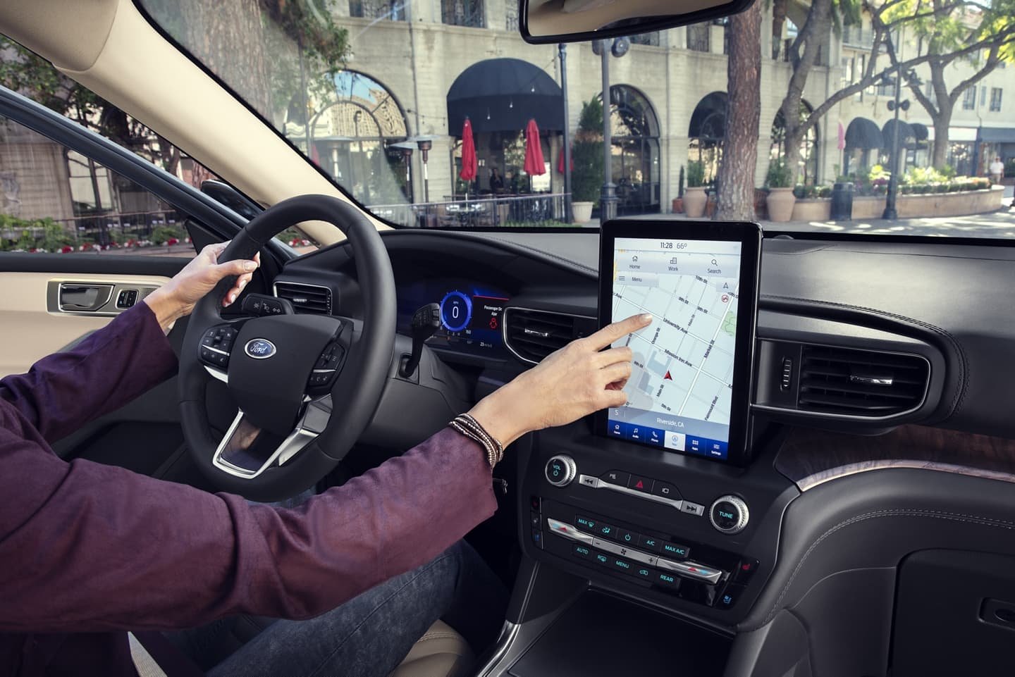 2020 Ford Explorer with SYNC®3