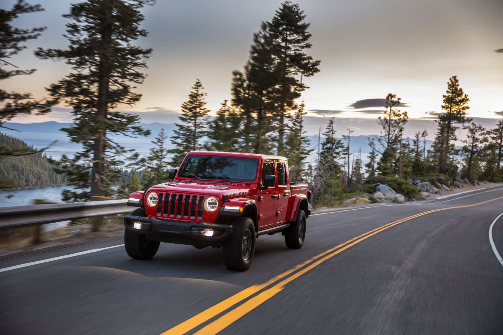 2021 Jeep® Gladiator EcoDiesel Front Red Exterior