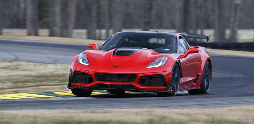 2019 Chevrolet Corvette ZR1 – VIR lap record holder on Grand C