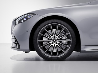 """RVR - 20"""" AMG Multispoke Wheels with Black Inlays"""